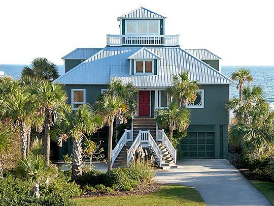 Front of House - Charming Oceanfront, 3 Bed, 2.5 Ba, Rooftop Aerie! - Isle of Palms - rentals