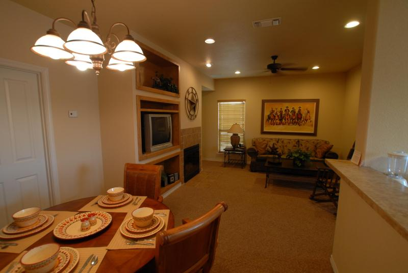 Living / Dining Area