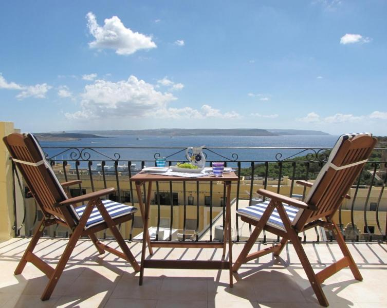 Relax and enjoy the spectacular sea view - Apartment with stunning ocean views - Ghajnsielem - rentals