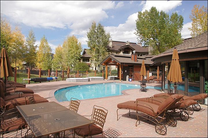 This is just 1 of the 4 Heated Pool & Hot Tub areas.