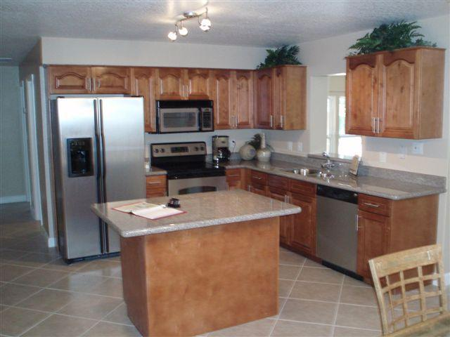 Eat in Kitchen with all Stainless Appliances