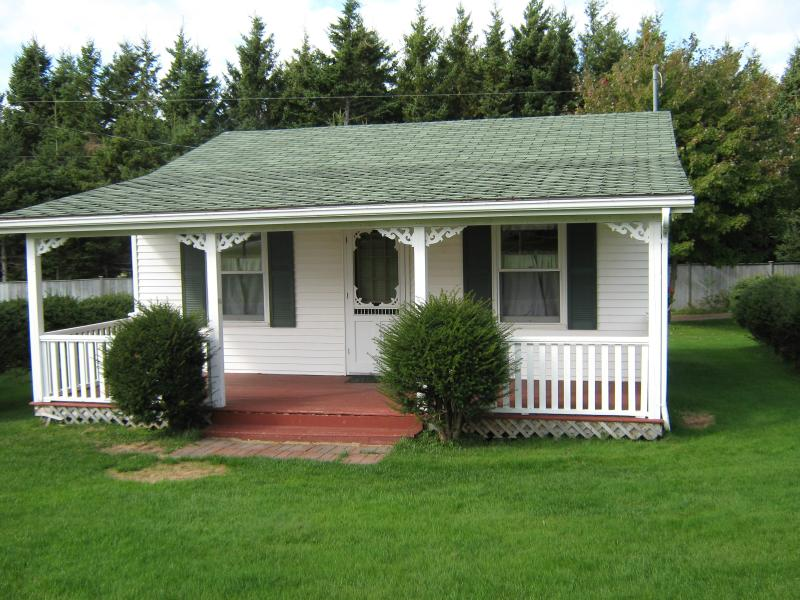 Two Bedroom Executive Cottage