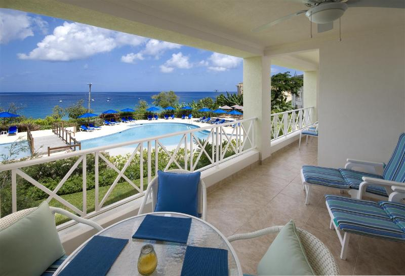 Beach View Apt. 208 at Payne's Bay, Barbados - Ocean View, Gated Community, Close To Nightlife, Restaurants And Shops - Image 1 - Paynes Bay - rentals