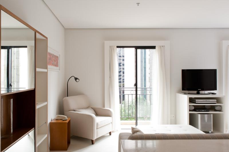 1 Bedroom Apartment in Itaim Bibi - Image 1 - Sao Paulo - rentals