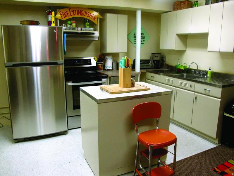 Retro kitchen - The Loft Down Under in Downtown Pagosa Springs - Pagosa Springs - rentals