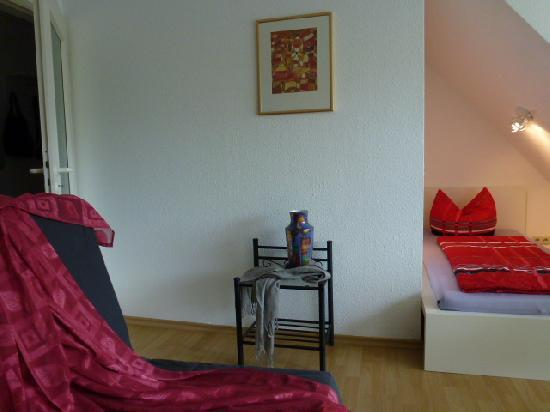 Vacation Apartment in Freiburg im Breisgau - 280 sqft, modern, comfortable, warm (# 2701) #2701