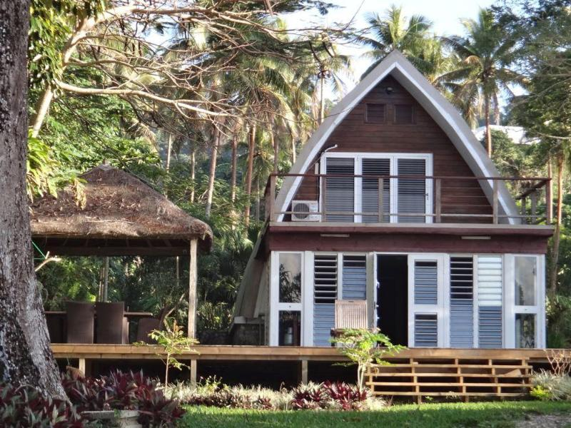 Villa Chelle and its large deck and new fare