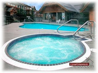 Private Hot Tub - Recently Renovated - Upper Village - Whistler Glaciers Reach - Whistler - rentals