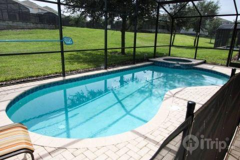 Private pool and spa, spaceous back yard