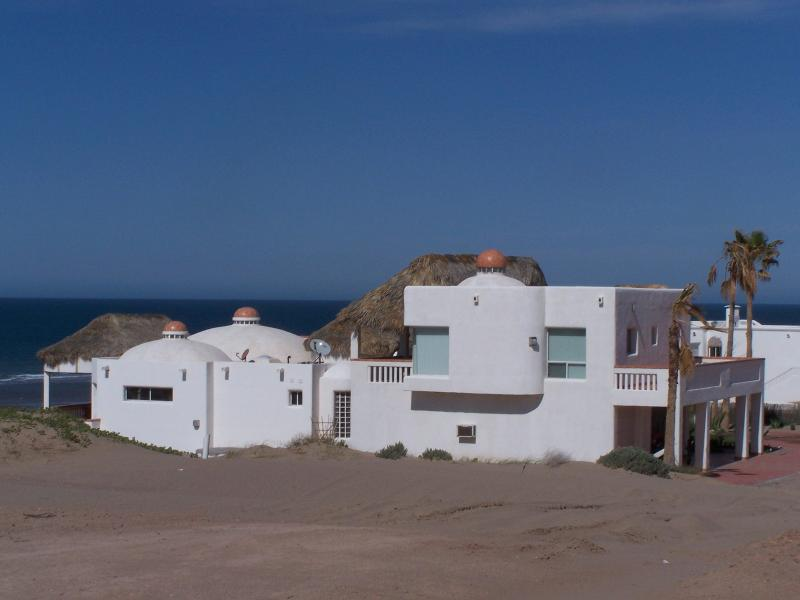 HOME LOOKING NORTH, CASITA ABOVE GARAGE - BARGAIN BEACH FOR SMALL FAMILIES 1 HR SOUTH OF PP - Puerto Penasco - rentals
