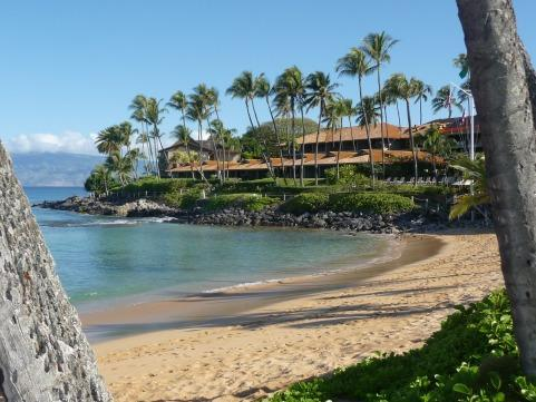 Gorgeous Napili Bay is a 7 min walk. Visit the Sea House for breakfast your first morning!