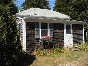 Summer on Cape Cod in this rebuilt 1930s cottage.