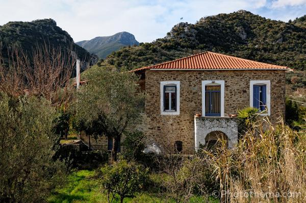 To Archontiko, our stone house. Within 5 minutes you walk into the foothills of Mt. Taygetos.