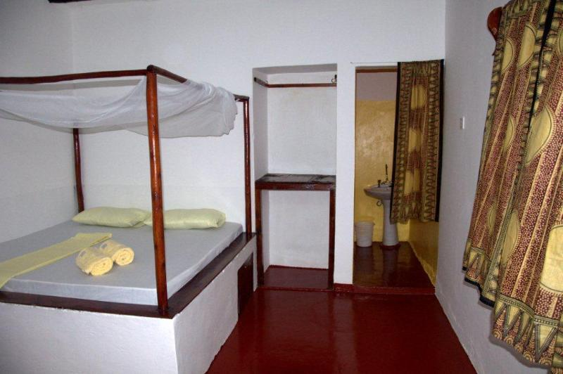 Yellow bedroom - Baraka Aquarium Bungalows - Nungwi - rentals