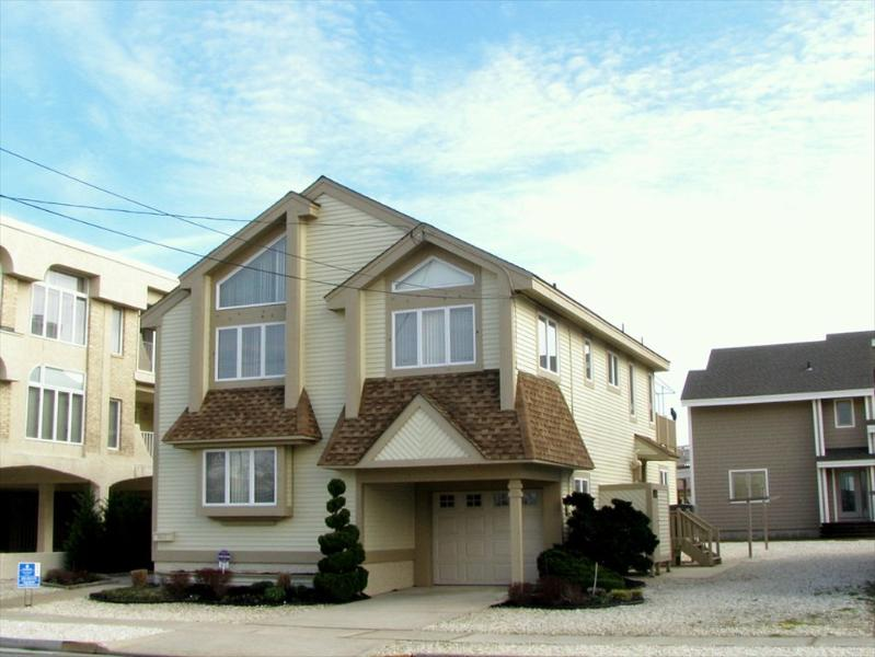 9610 First Avenue Stone Harbor NJ Beach Vacation Home Front Exterior