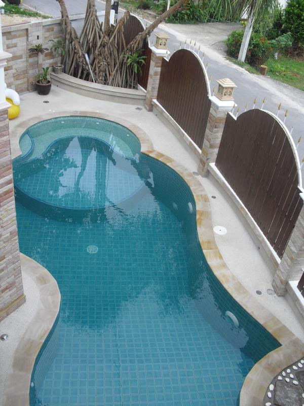 balcony view on POOL