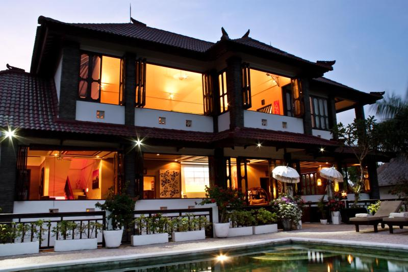 Upper floors from the outside at night - Huge (8800 ft2) 5 bed spa villa with amazing views - Jimbaran - rentals