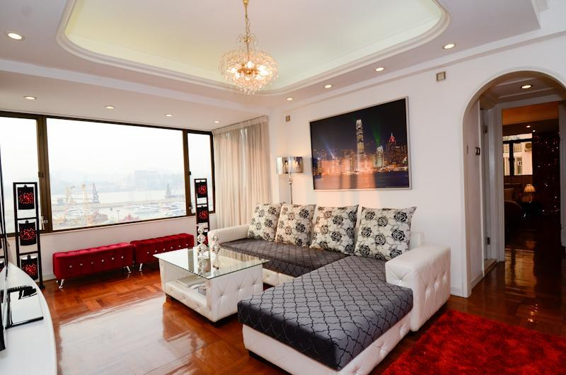 Huge living room with full Victoria Harbor View