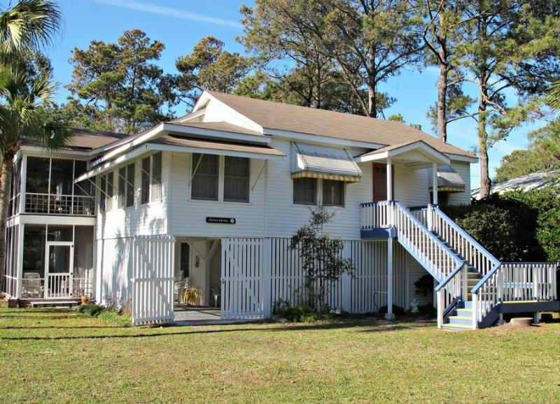 'eleven-eleven' A Classic Tybee Raised Cottage