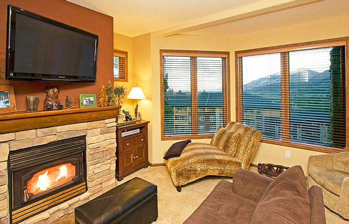 Eagle Run #106 Living Area With a Gas Fireplace