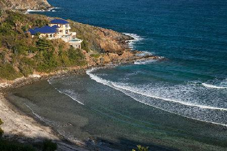 Villa Mistral - Privacy and Upscale Luxury on Hart Bay - Image 1 - Hart Bay - rentals