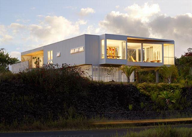Front View of contemporary Hale Baleja - Enjoy the Elegant Modern Beauty (Hale Balleja) - Pahoa - rentals