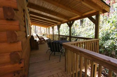 10 x 40 porch with hammock and dining area
