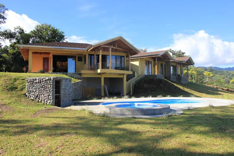 Casa Ceiba (view from lake side)