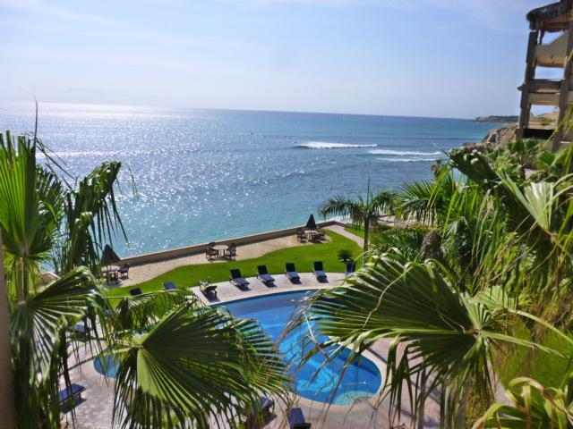View from the balcony of the pool and the ocean.