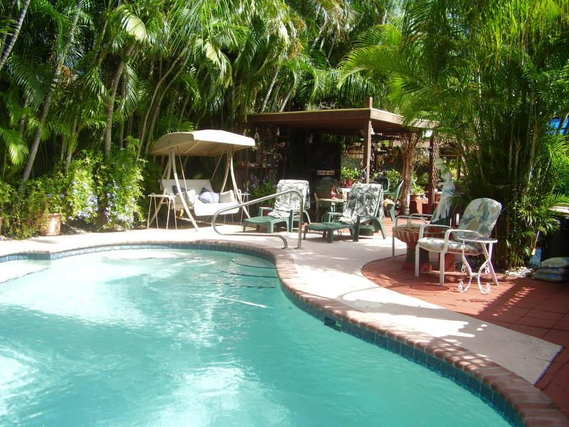 Pool & Garden area - 1BD/1BR, pool side studio in Fort Lauderdale! - Fort Lauderdale - rentals