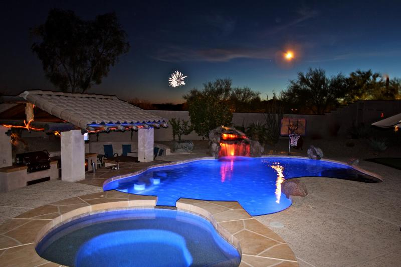Luxury Accommodations, Heated Pool & Swim Up Bar - Image 1 - Peoria - rentals