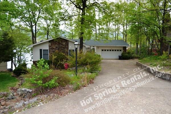 3AlbaCr *** Lake DeSoto | Home | Sleeps 9 - Image 1 - Hot Springs Village - rentals