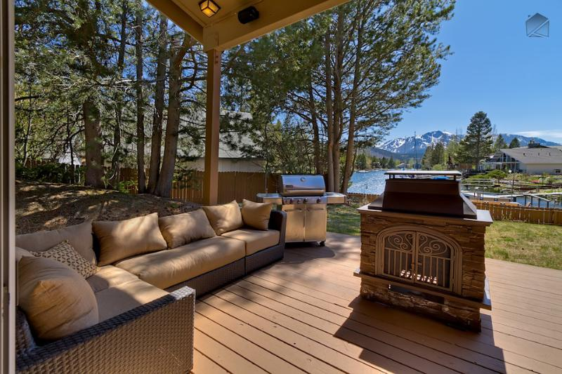 Take in the natural beauty surrounding you while warming up by the fire pit and lounging on the comfy outdoor furniture.