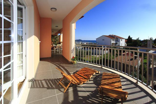 Terrace with sea view - 2 bedrooms condo w/sea view terrace in Pakostane - Pakostane - rentals