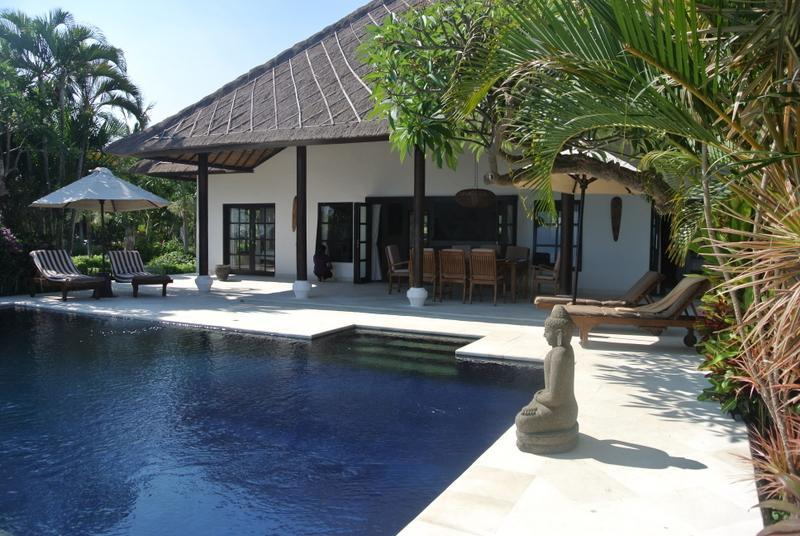 Privater Swimming Pool Villa Branie Bali
