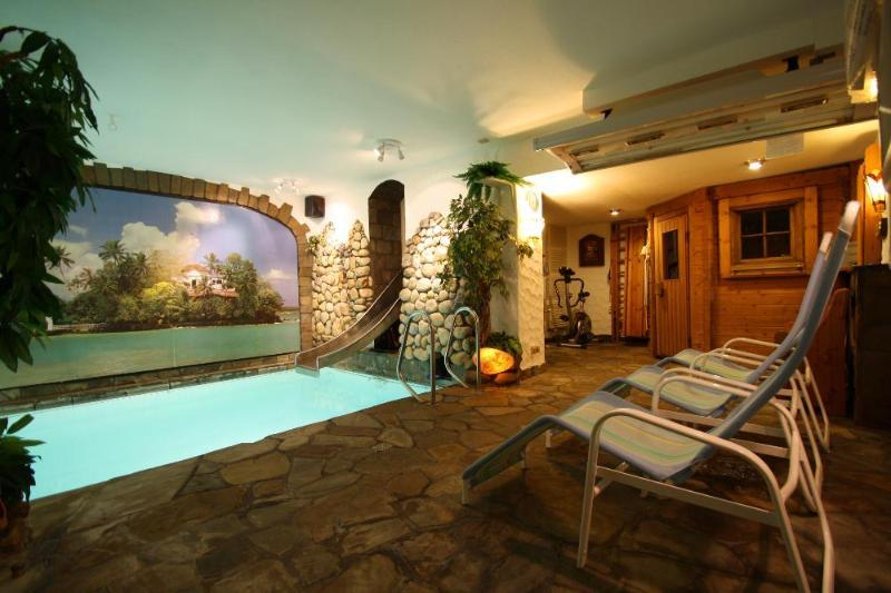 Spa area for private use (at least 2 hours per day) without extra charge - you will love it!