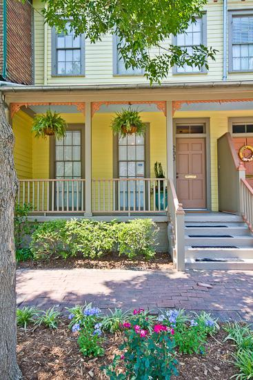 ModCottage's Delight on Duffy - Townhome Sleeps 5
