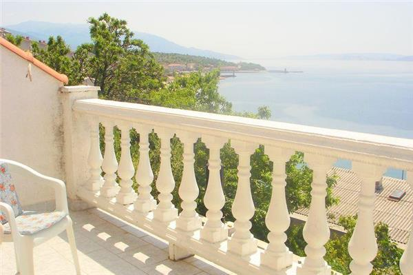 Apartment for 3 persons near the beach in Senj - Image 1 - Senj - rentals