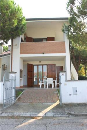 Holiday house for 4 persons in Adriatic Coast - Image 1 - Lido di Volano - rentals