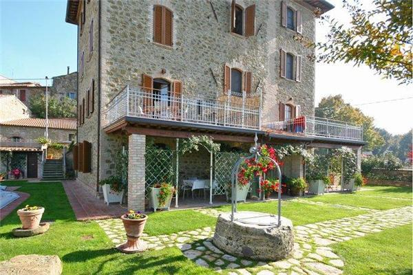 Apartment for 4 persons, with swimming pool , in Perugia - Image 1 - Torricella di Magione - rentals