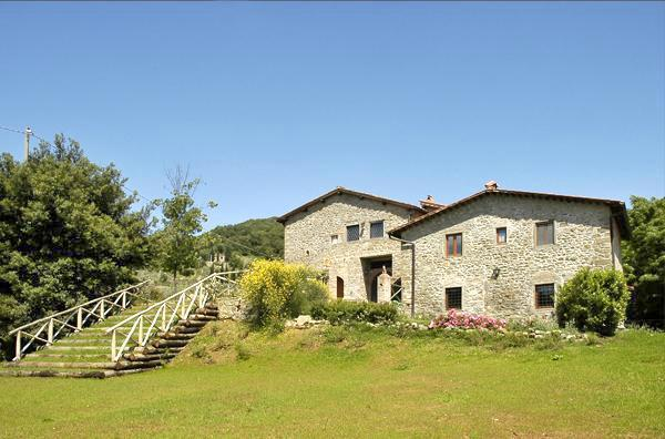 Attractive apartment for 6 persons, with swimming pool , in Chianti - Image 1 - Figline Valdarno - rentals