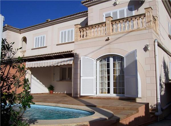 Attractive holiday house for 8 persons, with swimming pool , near the beach in Playa de Palma - Image 1 - Playa de Palma - rentals