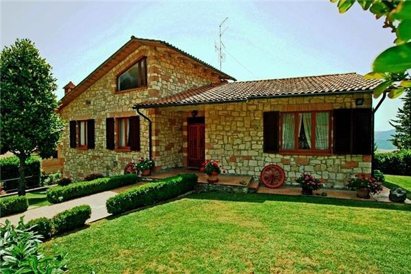 Attractive holiday house for 8 persons in Siena - Image 1 - Radicondoli - rentals