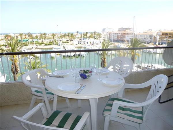 Apartment for 6 persons in Empuriabrava - Image 1 - Empuriabrava - rentals