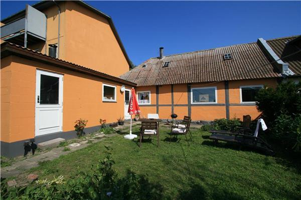 Renovated holiday house for 4 persons in Hasle - Image 1 - Hasle - rentals