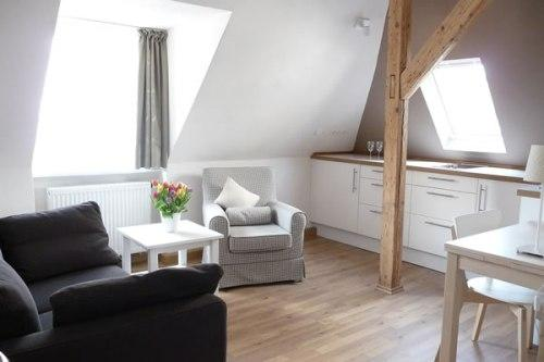 Vacation Apartment in Regensburg - 377 sqft, charming, comfortable, central (# 3647) #3647