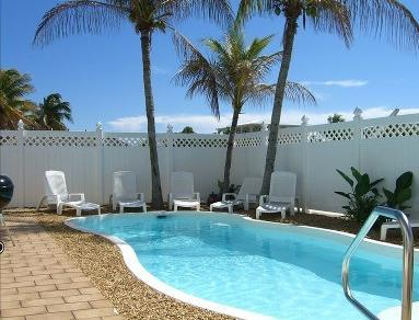 Very private sparkling pool - Huge Waterfront Gem Sleep 19 Pool Spa Dock - Key Largo - rentals