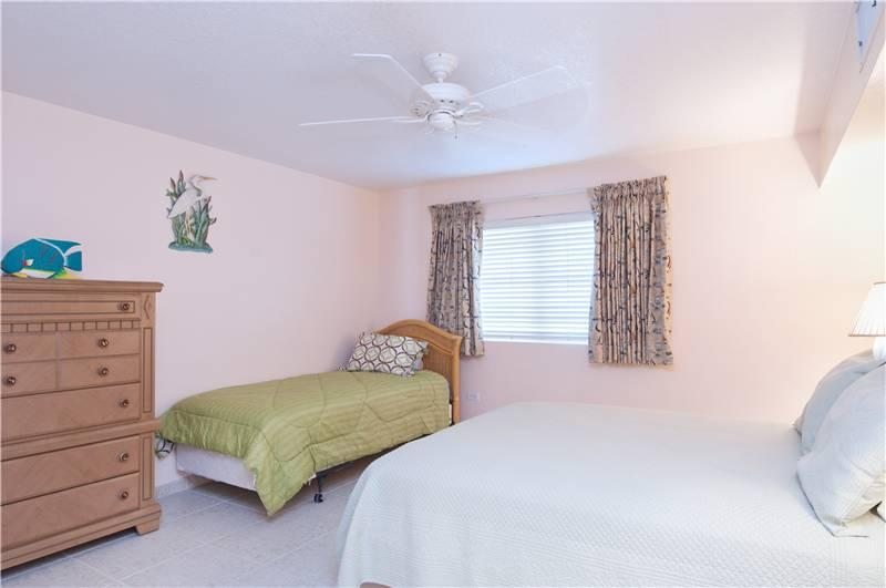 SILVER SANDS CONDOS-UNIT#23-Fun and Comfort - Image 1 - Seven Mile Beach - rentals