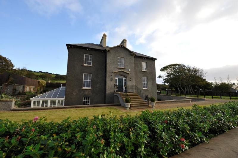 Coolmore Manor House - Image 1 - County Donegal - rentals