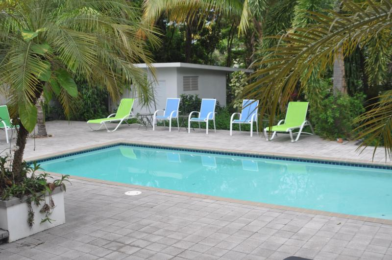 Lovely swimming pool 12x24 where you can relax listening to the waves a block away